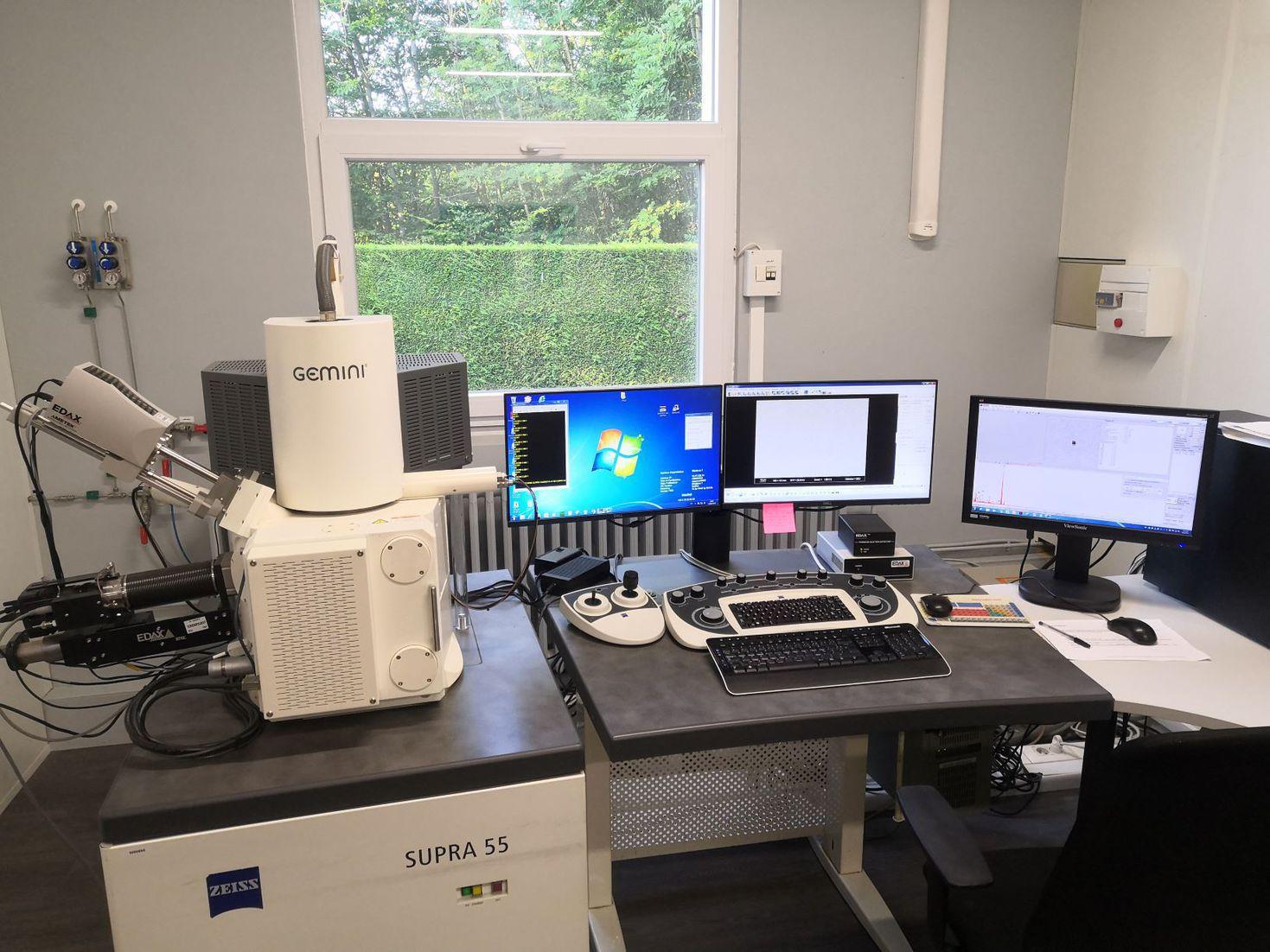 Microscope à Balayage Electronique